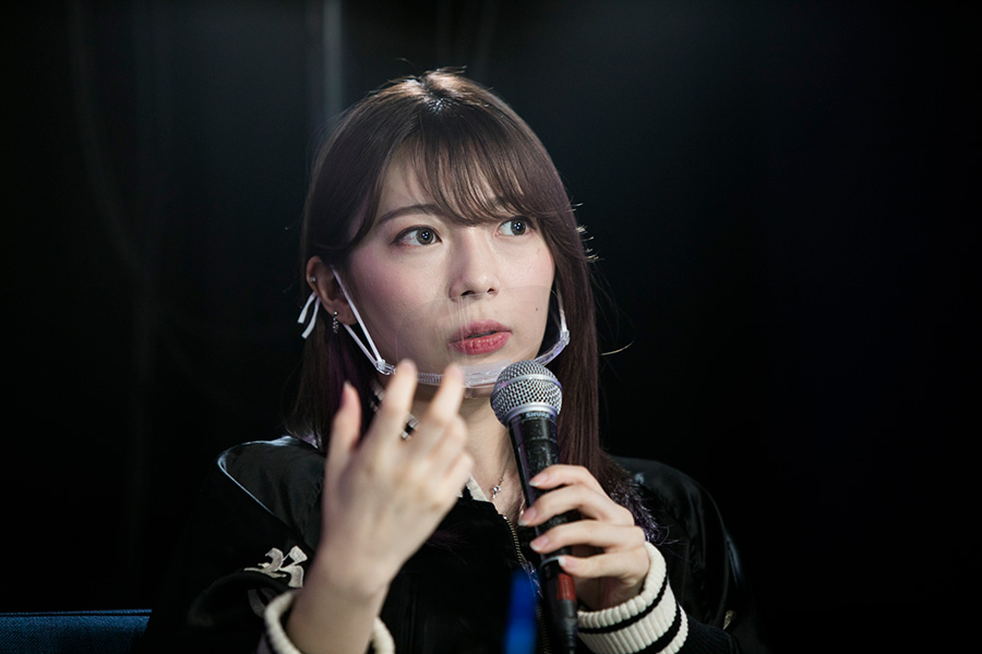 20A7418 2人のミレニアル起業家が語る、泥臭くも新しい経営——片石貴展/辻愛紗子